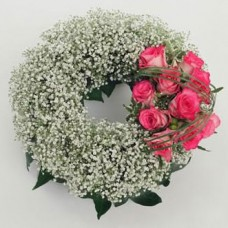 Комплимент из гипсофилы и роз