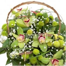 """Корзина из орхидей, хризантем, гипсофилы и эустомы """"Магия чувств"""""""