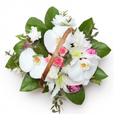 """Корзинка из фаленопсиса, роз, хризантемы и лилии """"Восторг"""""""