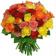 Евробукет из разноцветных роз