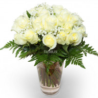 """Букет из 25 белых роз """"Песнь Луны"""""""