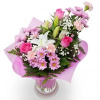 Букет из лилий, роз, гвоздик и хризантем Мадре (Madre)