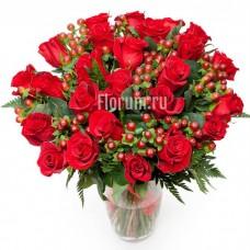 """Букет из 25 красных роз """"Львиное Сердце"""""""