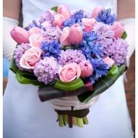 """Букет невесты с тюльпанами и розами """"Сирень"""""""