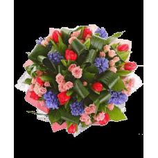 """Букет тюльпанов с розами и гиацинтами """"Яркие краски"""""""