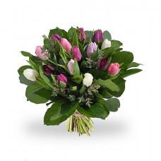 Букет из 15 тюльпанов разного цвета