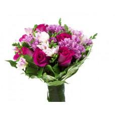 """Букет из роз, хризантем и эустом """"Гармония"""""""