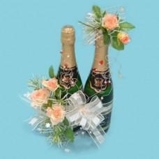 Подарочный набор из букеты цветов и шампанского