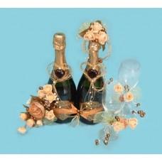 Шампанское с фужерами в живых цветах