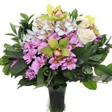 """Букет из орхидей, альстромерий, роз и хризантем """"Цветочный микс"""""""